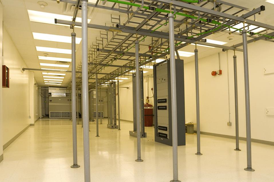 Temperature-Controlled-Server-Rooms